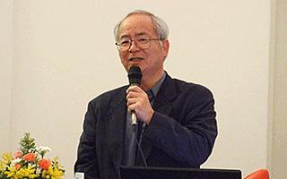 参加者からの質問に答える藤井氏