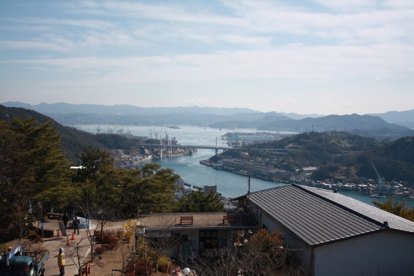 千光寺展望台からの風景(尾道水道に架かる尾道大橋と新尾道大橋)