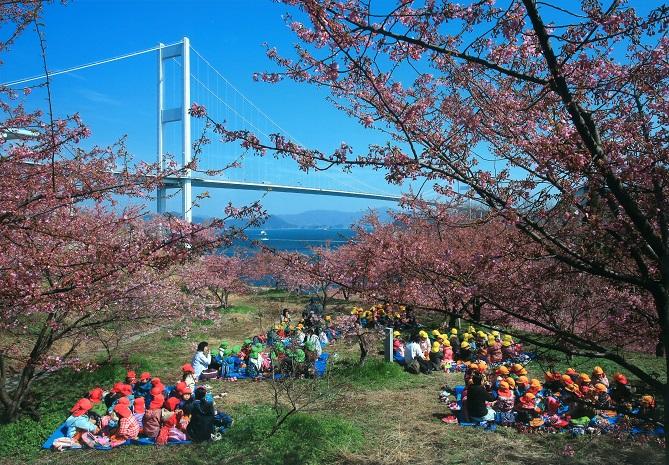 タイトル『春の遠足』