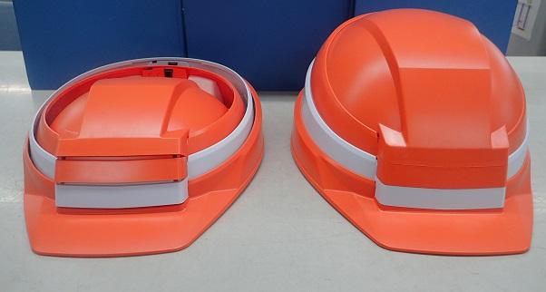 折りたたみ状況(左:折りたたみ時、右:着用時)